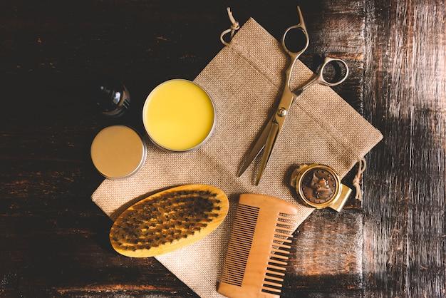 Acessórios para barbear e aparador de barbearia