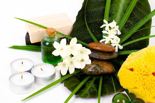 Acessórios para spa com flores de jasmim