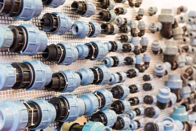 Acessórios para tubos de água e componentes de fixação