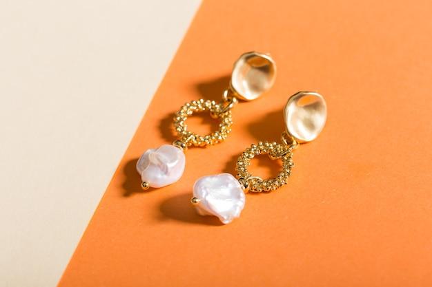 Acessórios perfeitos. conjunto de joias da moda. bijuterias e joias da moda.