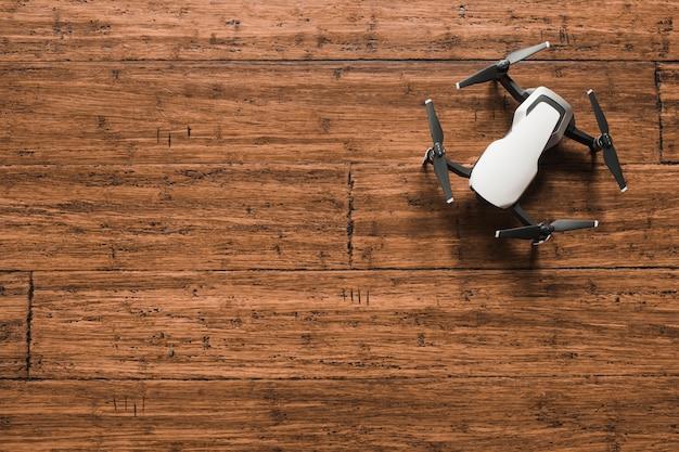 Acima do drone moderno