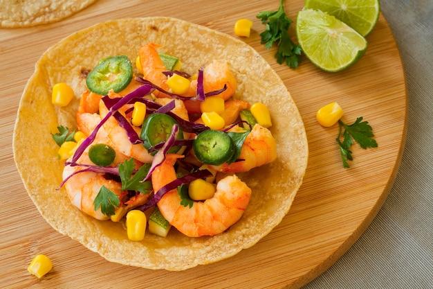 Acima vista conceito de comida mexicana