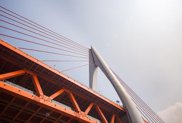 Aço sol famoso centro da construção