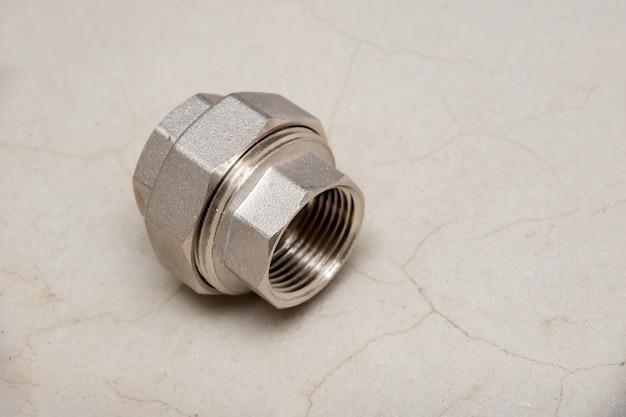 Acoplamento de redução de latão. encaixe de tubo roscado fêmea