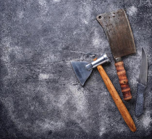 Açougueiro vintage cutelo e machado para carne