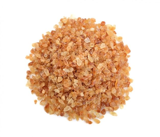 Açúcares de rocha marrom isolados, vista superior