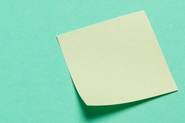Adesivos de papel em branco para as notas
