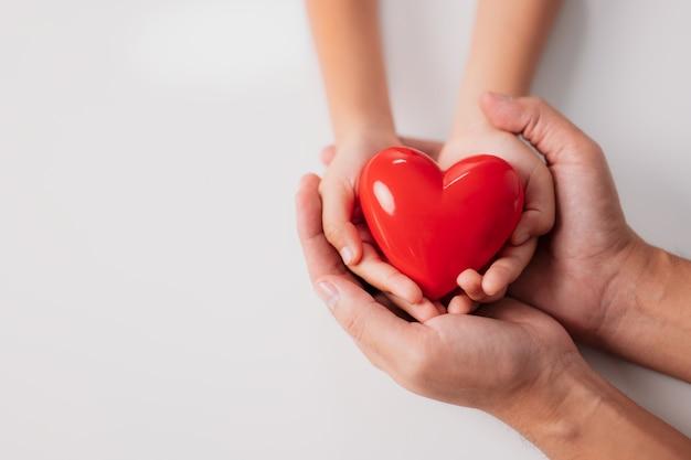 Adoção de responsabilidade de rsc no dia mundial do coração dia mundial da saúde fomentar a esperança da família gratidão tipo