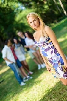 Adolescentes no parque