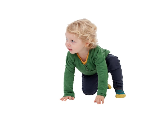 Adorável bebê loiro em pé