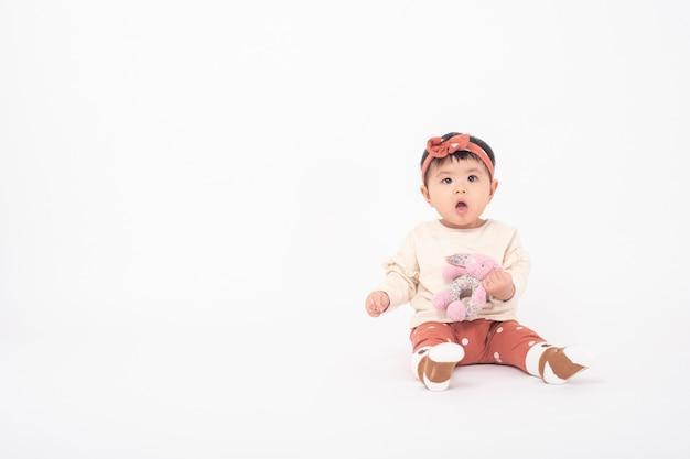 Adorável menina asiática