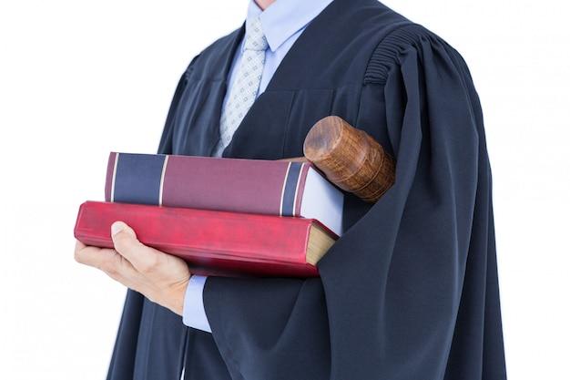 Advogado segurando balança da justiça