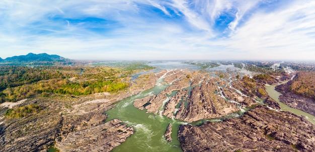 Aérea panorâmica 4000 ilhas rio mekong no laos, cachoeiras de li phi