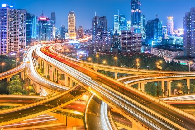 Aéreo, vista, shanghai, viaduto, noturna