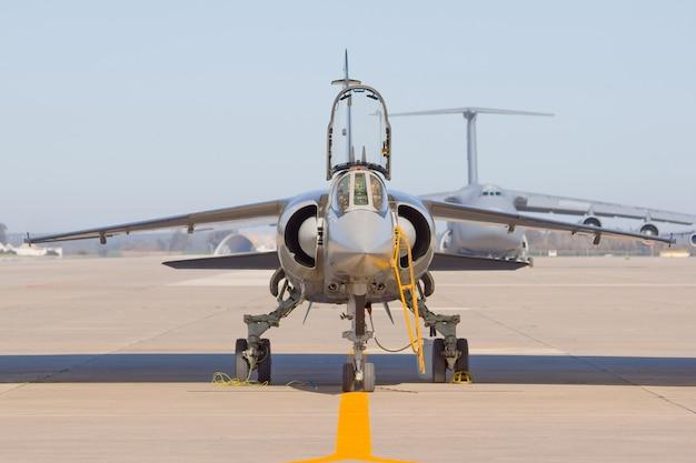 Aeronave militar