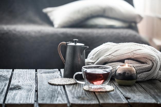 Ainda vida chá na sala de estar