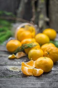 Ainda vida com tangerinas