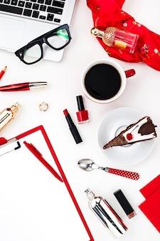 Ainda vida de moda mulher, objetos em branco