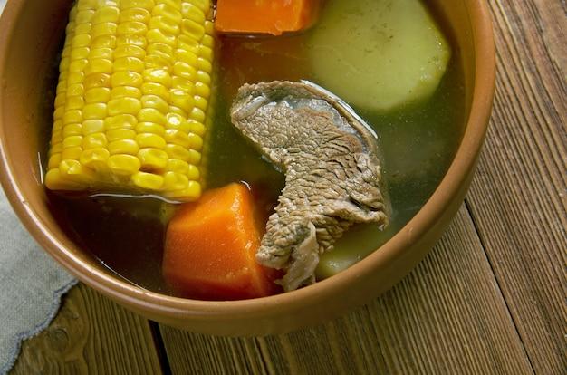Ajiaco camagueyano prato popular sopa venezuelana