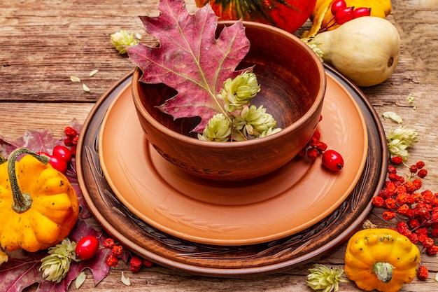 Ajuste de lugar do jantar de outono e de ação de graças