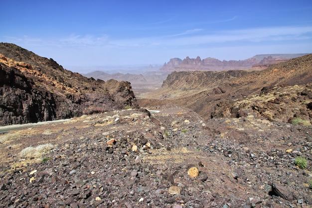 Al shaq great canyon na arábia saudita