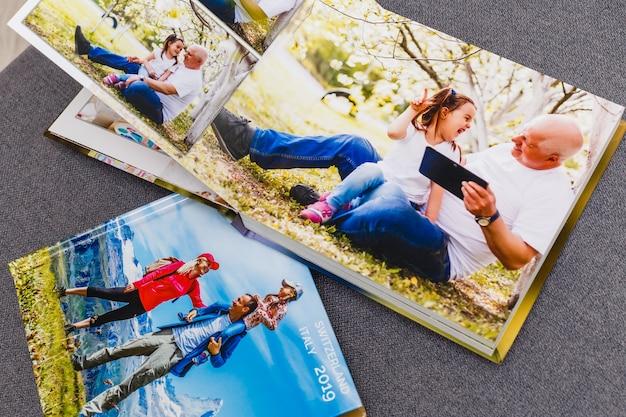 Álbum de fotos de família, fim de semana de primavera
