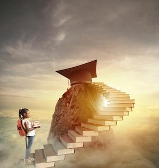 Alcance o cume com o estudo. conceito de educação escolar