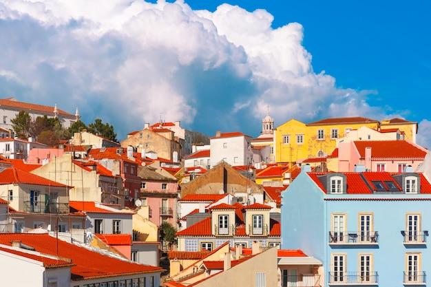 Alfama em uma tarde ensolarada, lisboa, portugal