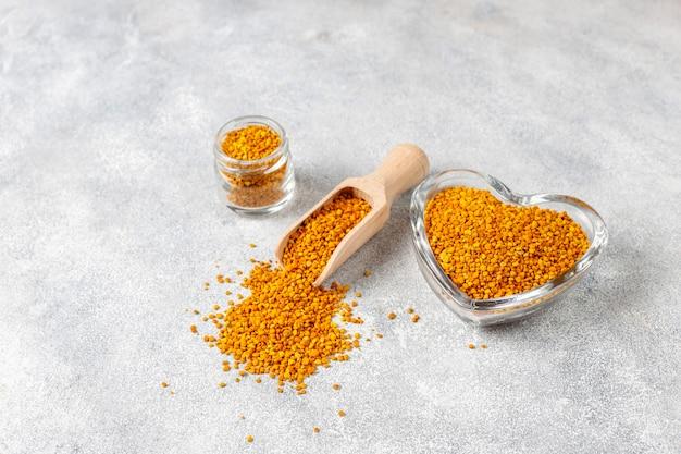 Alimento medicinal com pólen de abelha
