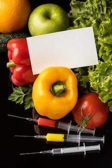 Alimentos modificados por produtos químicos ogm e cartão de visita de cópia