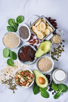 Alimentos ricos em magnésio, alimentação e dieta saudáveis Foto Premium