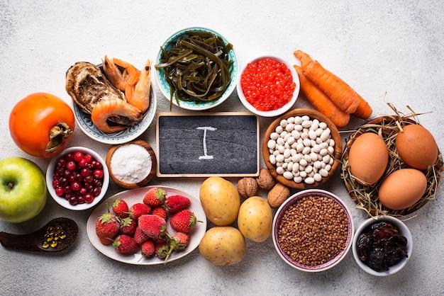 Alimentos saudáveis contendo iodo. produtos ricos em i