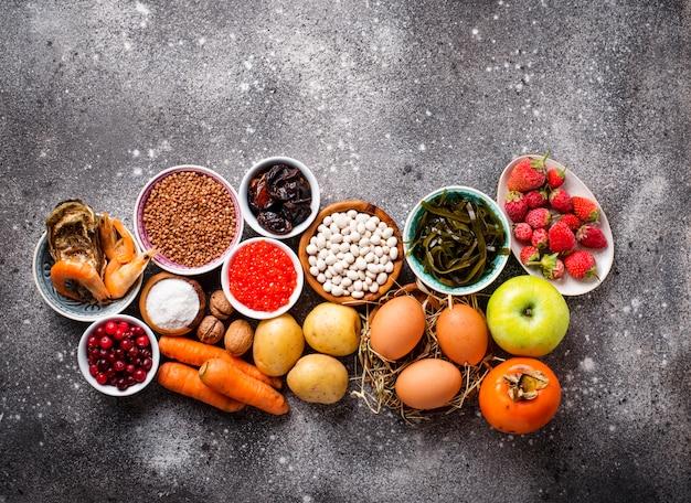 Alimentos saudáveis contendo iodo