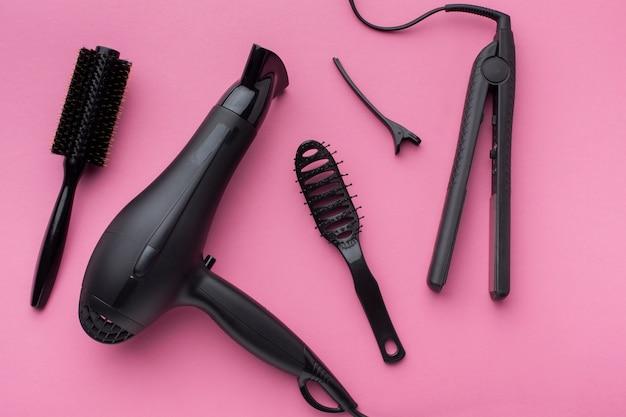Alisador de cabelo e escova de vista superior