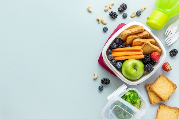 Almoço saudável para ir embalado na lancheira