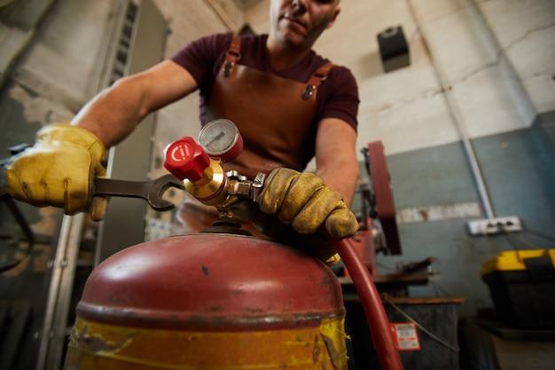 Alterando a pressão no tanque de gás