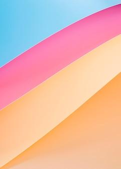 Alto ângulo de linhas de papel vibrantes
