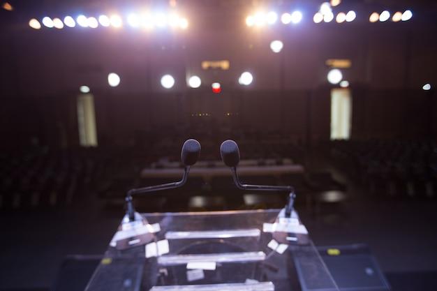 Alto-falante no palco