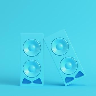 Alto-falantes estéreo em fundo azul brilhante em cores pastel