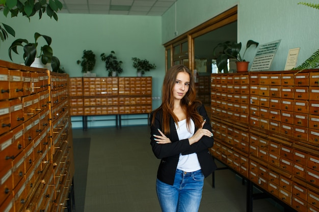 Aluna na biblioteca