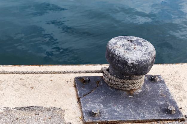 Amarração em um porto de pesca