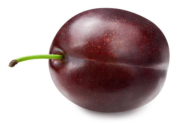 Ameixa madura isolada no fundo branco. trajeto de grampeamento da fruta da ameixa. foto macro ameixa