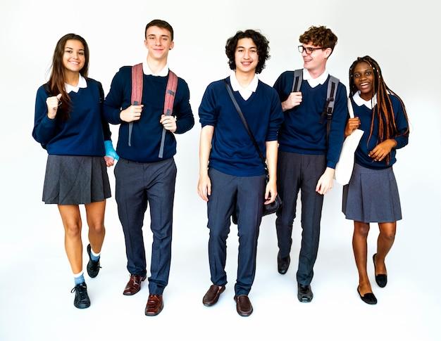 Amigos acadêmicos da escola de educação estudantil