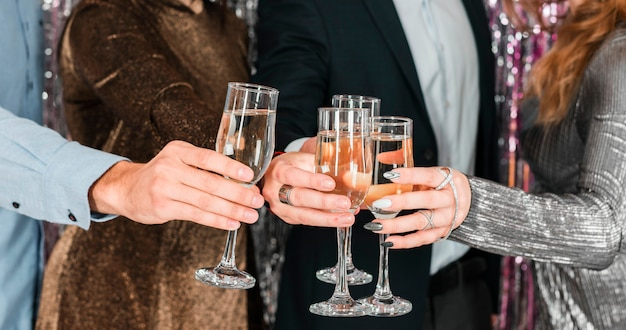 Amigos, brindar, ano novo, partido