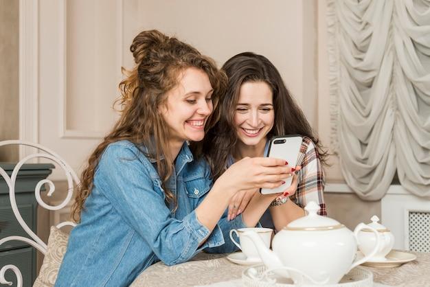 Amigos, tendo, chá
