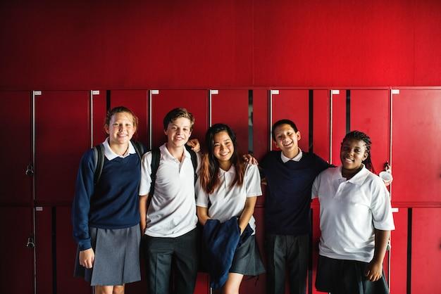 Amizade estudantil na escola