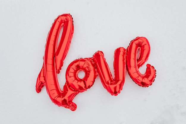 Amor balão na neve
