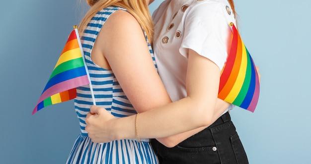 Amor gay e casamento. close-up do feliz casal de lésbicas