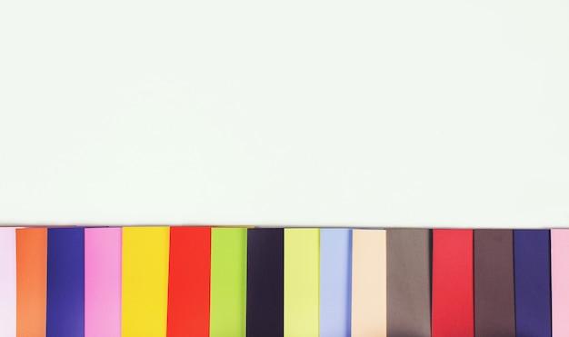 Amostra de amostra de tinta. rgb. cmyk. amostra de cor banco de imagens.