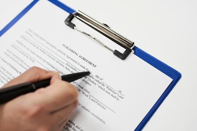 Amostra do contrato de publicação